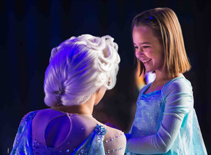 Disney on Ice Worlds of Enchantment pre-show character meet and greet, Frozen Fun With Anna and Elsa